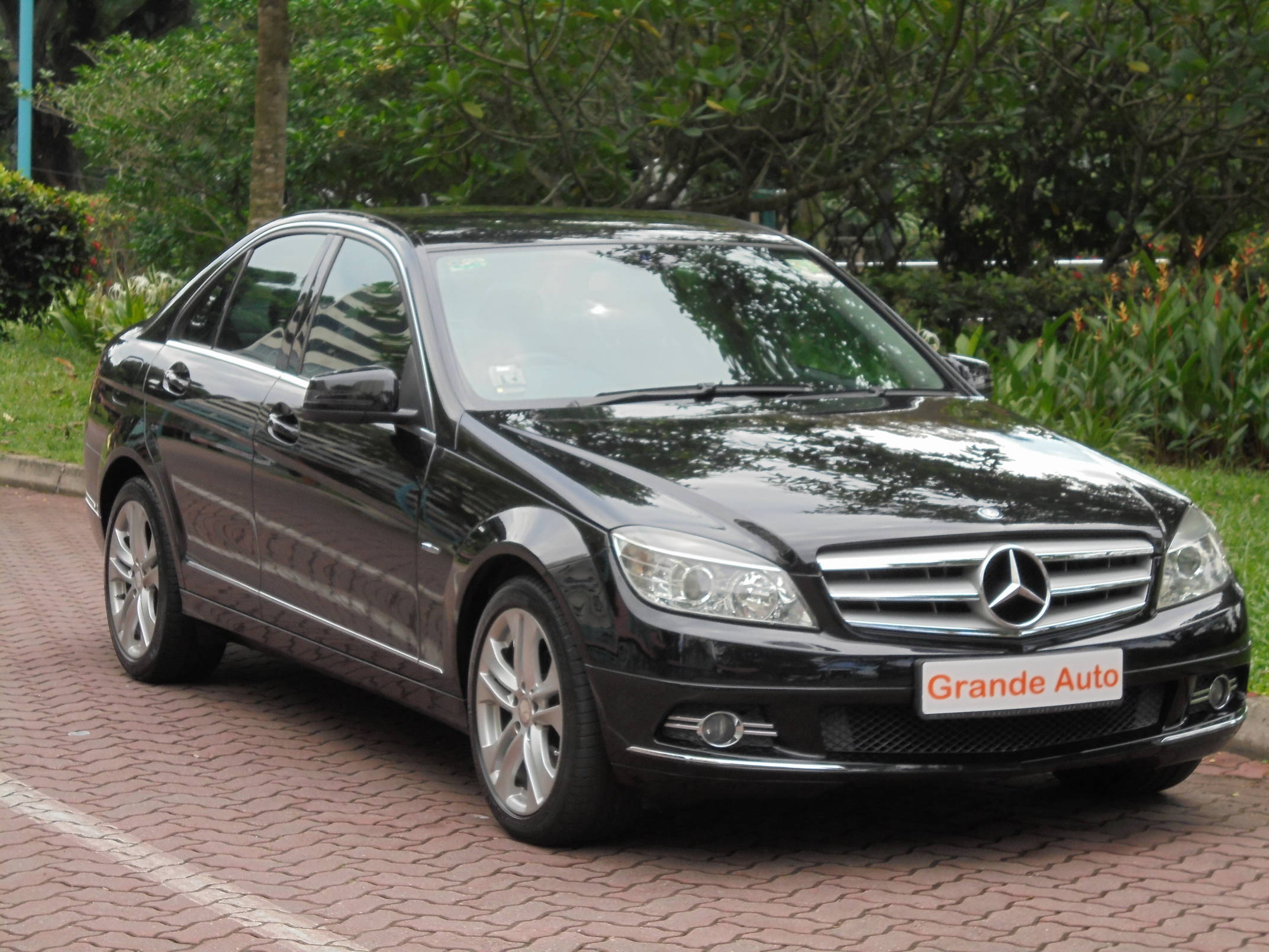 Grande auto credit pte ltd for Mercedes benz credit